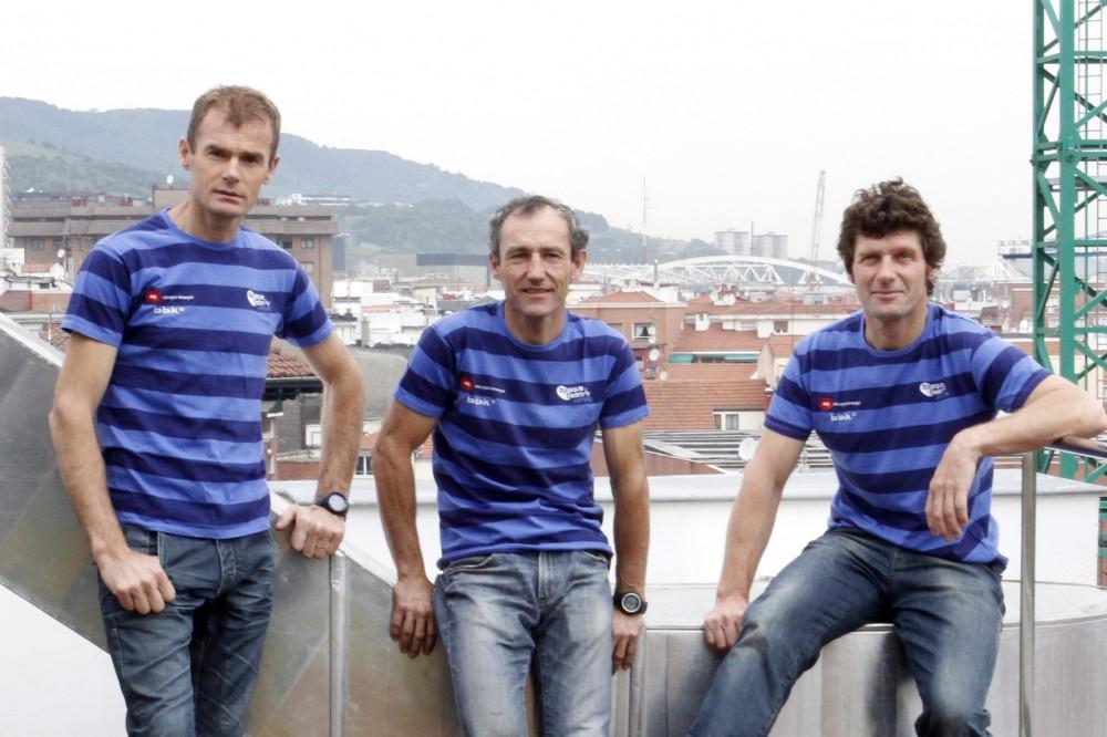 De-izquierda-a-derecha-Alberto-Iñurrategi-Mikel-Zabalza-y-Juan-Vallejo