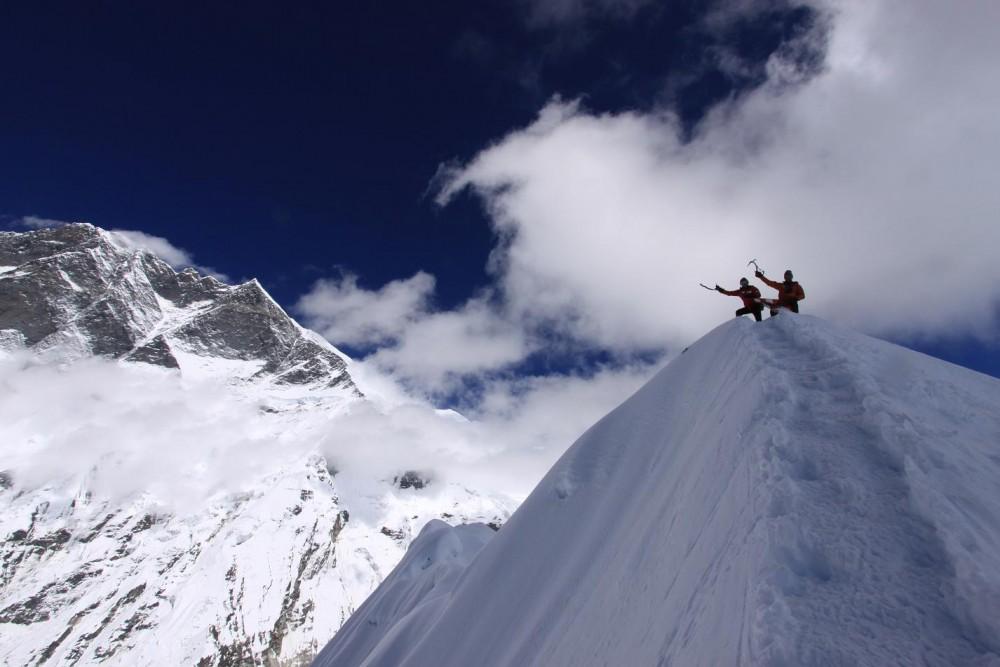 Cumbre-del-Island-Peak